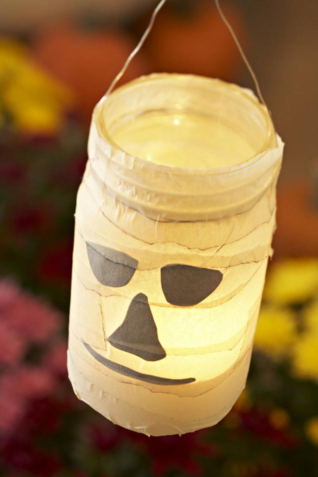 Crafts light up halloween night with homemade luminaries now salt this halloween solutioingenieria Image collections